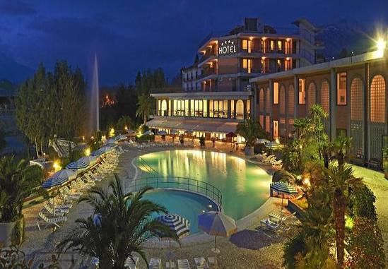 Love night al hotel terme capasso 158 a coppia nuova - Contursi terme piscine ...